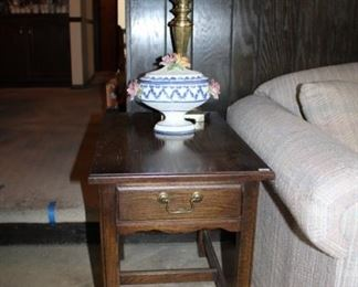 SUDE TABLE, TALL CANDLE HOLDER