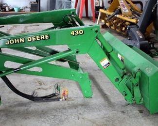 John Deere Hydraulic Loader Model # 430 With 5' Bucket , SN# W00430X040899