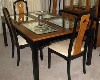 Thomasville dining room table & chairs                                  BUY IT NOW  $ 225.00