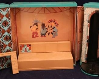 Lot# 2002 - Vintage 1976 Mego Dressing Room Case