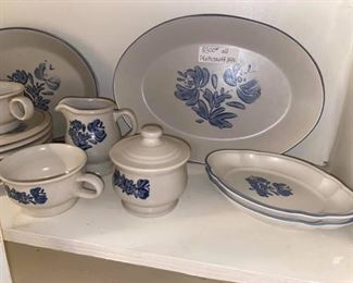 Pfaltzgraff Yorktowne Dinnerware Set Includes: -9 dinner plates  -8 bowls -7 Saucers -2 serving platters  -2 small serving dishes -2 cups -1 cream & sugar set