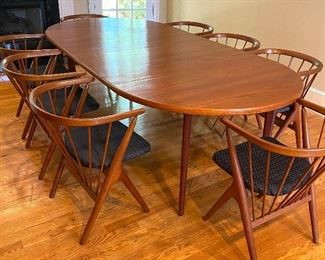 Unbelievably AMAZING Helge Sibast Mid Century Modern Dining Table and 8 Chairs!!