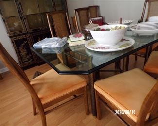 glass top table w/8 chairs