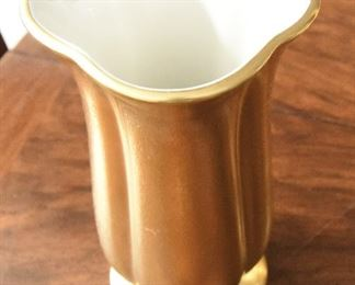 """Pickard Four Lobed Small Vase  $30 6"""" tall, 3.25"""" wide. Excellent coindition."""
