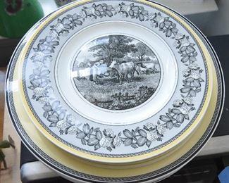 Lot of Villeroy & Boch Audun Fleurs Dinner Plates (6) and Salad Plates (4)  $120