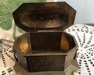"""Brass jewelry casket with hinged lid  $6 6.5"""" long, 4"""" wide, 4"""" tall"""