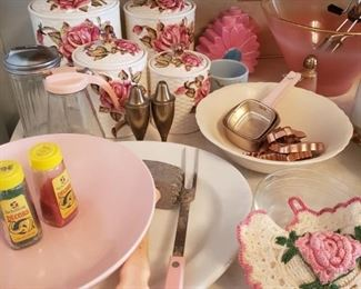 Pink vintage kitchen items