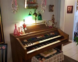 Vintage organ