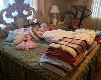 blankets, linens