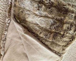 Archipelago Design Cashmere Faux Fur Throw