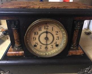 Beautiful Mahogany Wind Up  Mantle Clock with Burl Walnut Trim