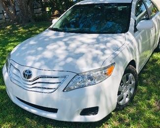 2010 TOYOTA CAMARY - 4 DOOR SEDAN, ONE OWNER, PRISTINE CONDITION, 35K - STARTING PRICE $8,500.00, WILL BE SELLING TO HIGHEST BID AT END OF SALE