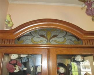 Lighted Oak Stained Glass Accent 2 Glass Door Curio Cabinet