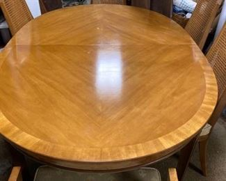 Dining Table with 6 Chairs 2 leafs