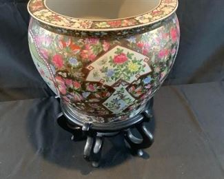 Hand Painted Oriental XL Vase