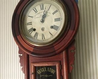 """Beauty! Antique """"REGULATOR"""" working Wall Clock"""