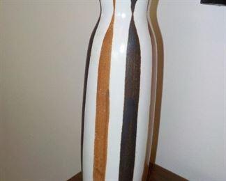 Frank Mann MCM vase