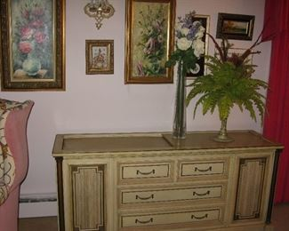 Magnavox stereo console    BUY IT NOW $ 175.00