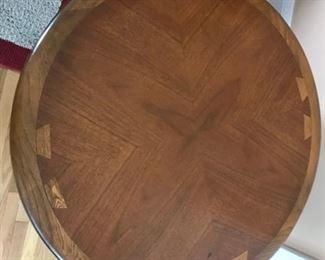 Lane table