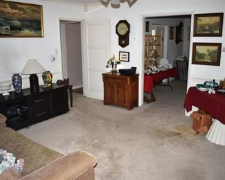 Family Room Overview