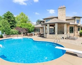 Plainfield Home Pool