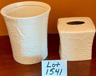 "Lot 1541  $ 30.00  2 Pc Lot. Like New Island Mist Tissue Cover in White and Island Mist Waste Basket form Linens N Things. Tissue: 6"" H x 6.5"" W. Basket 9"" H x 8.5"" Diameter i"