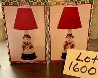 Lot 1600 $18.00 Two World Bazaar Snowman Lamps, New in the Box