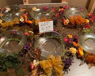"Lot 1627.  $50.00. 7 Pc Lot, 7 Floating Candle Bowls w/ Decorative Fall Wreaths	8"" Diam. x 3"" H. Perfect for Thanksgiving, especially for multiple tables or a buffet table!  There are seven of these but you get the idea!"
