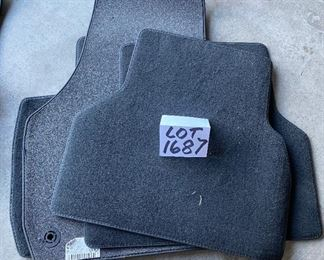 1687. $40.00. Second Set of Brand New Floor Mats for Audi Q3