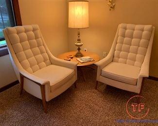 MCM KROEHLER Lounge Chairs with MCM CUSHMAN Satellite Table