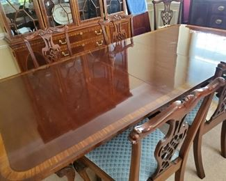 "Fabulous Hickory Co. Dining Table with 10 Chairs, Pads &  Three 22"" leaves... 75"" L x 45"" W x 49"""