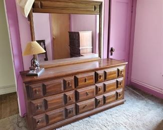 4 piece bedroom set dresser, chest of drawers, bed and nightstand