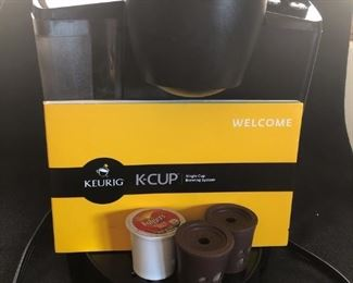Like New KEURIG K-CUP K-40 Brewing System.  (Amazon $180.00)  Used maybe 6 times NOW $48.00