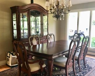 Traditional dining table, china cabinet, sideboard & chairs