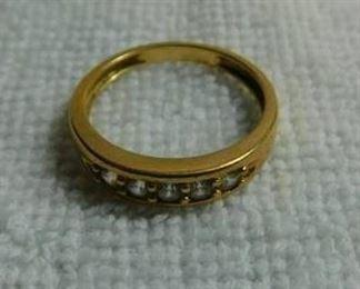 Diamond on Gold Men's Ring