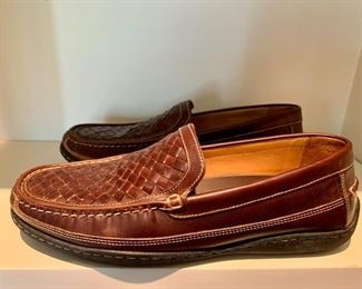 Price coming soon! Johnston & Murphy Sheepskin Shoe. Mens size 10.