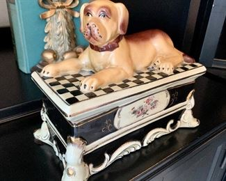 $60-Shubert Design decor. Ceramic dog on chest that opens.
