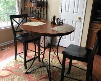 ROUND PUB TABLE WITH 2 CHAIRS