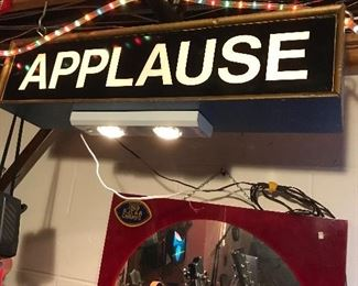 Vintage Applause Sign Light