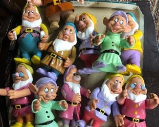 7 Dwarves Figures