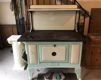 Antique Wood Burning Stove - Cast Iron Top . Great condition.
