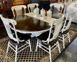 Solid Oak Table with 6 Matching Chairs