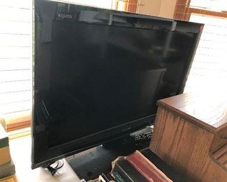 AQUOS FLAT SCREEN TV