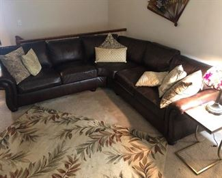 BERNHARDT LEATHER SECTIONAL
