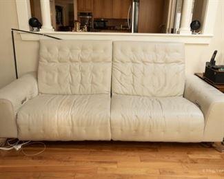 Roche Bobois Zero Clearance Grey Leather Power Recliner Sofa *WAS $3850* Now $2,800 90 x 25 x 40