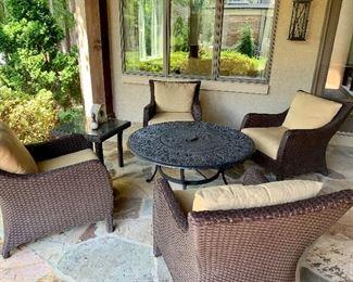 Firepit & 4 chairs by Lloyd Flanders with sunbrella cushions