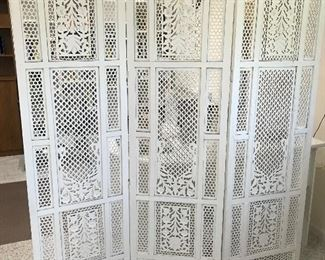Beautiful white Lattice panels Screen.