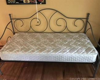 Dk Green Iron Twin Daybed
