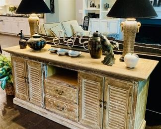 Whitley Galleries Entertainment Console