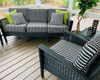 Woodard Patio Furniture Set
